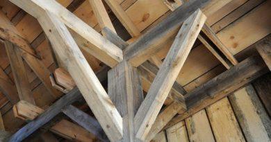 Astuce pour repeindre poutre en bois