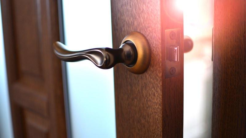 changer poignee porte entree ensemble de poignes de porte bouton de fentre azr en acier blancor. Black Bedroom Furniture Sets. Home Design Ideas