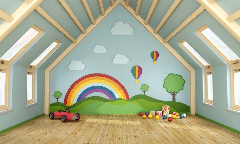 Aménagement des combles : créer une salle de jeux pour enfants et adultes !
