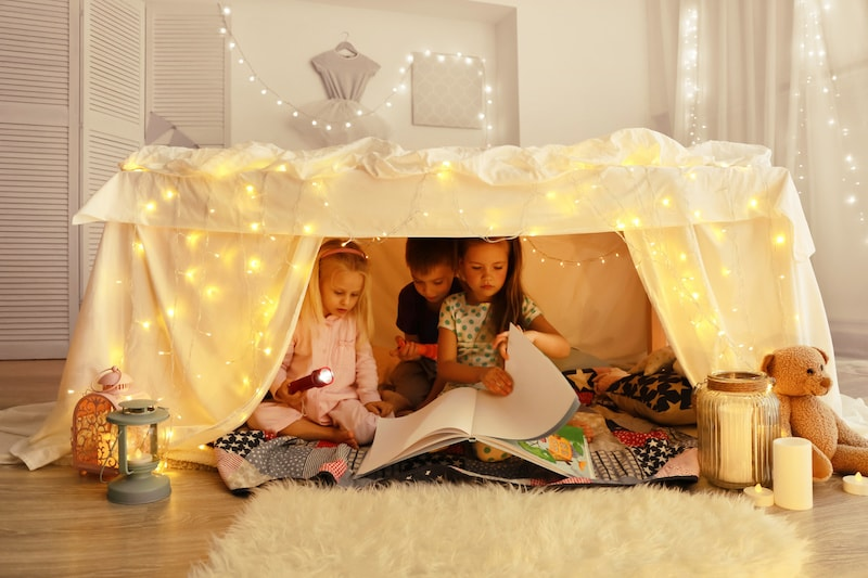 diy comment fabriquer un lit cabane pour enfant. Black Bedroom Furniture Sets. Home Design Ideas