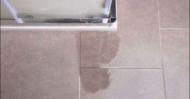 reparer une fuite dans la salle de bain