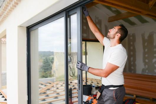 Comment choisir, installer et régler une porte-fenêtre?