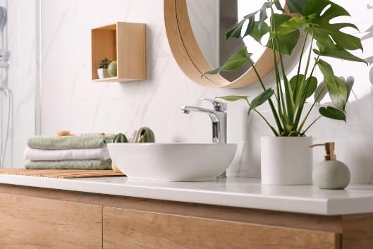 Le prix moyen d'une rénovation de salle de bains en 2020: tarifs et conseils